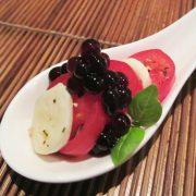 ,Petite Caprese Salad & Balsamic Flavour Pearls