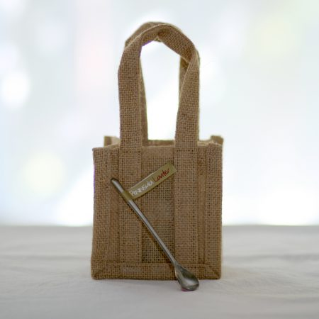 Peninsula Larders cute jute gift bag and stylish serving spoon are the perfect addition to your gift of Flavour Pearls