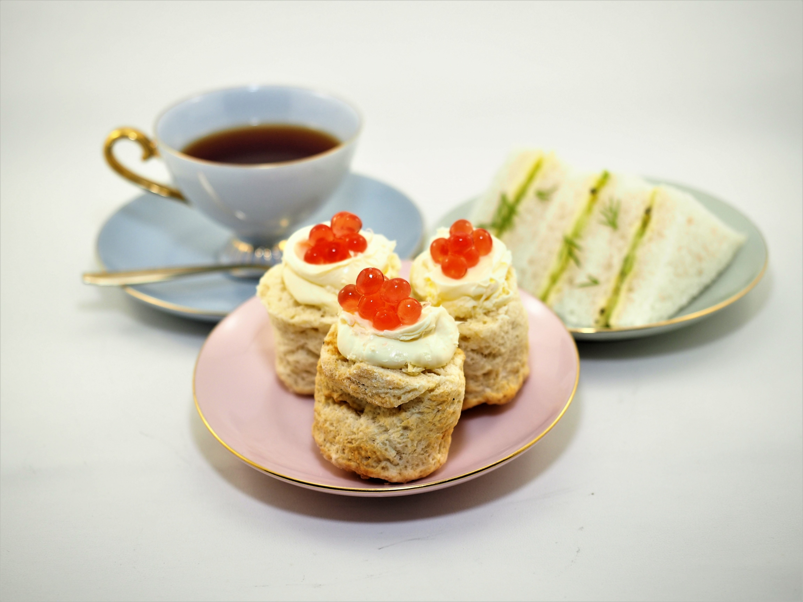 Scones with Clotted Cream and Raspberry Flavour Pearls