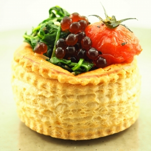 Vol au Vent with Spinach, Roast Tomato and Balsamic Flavour Pearls