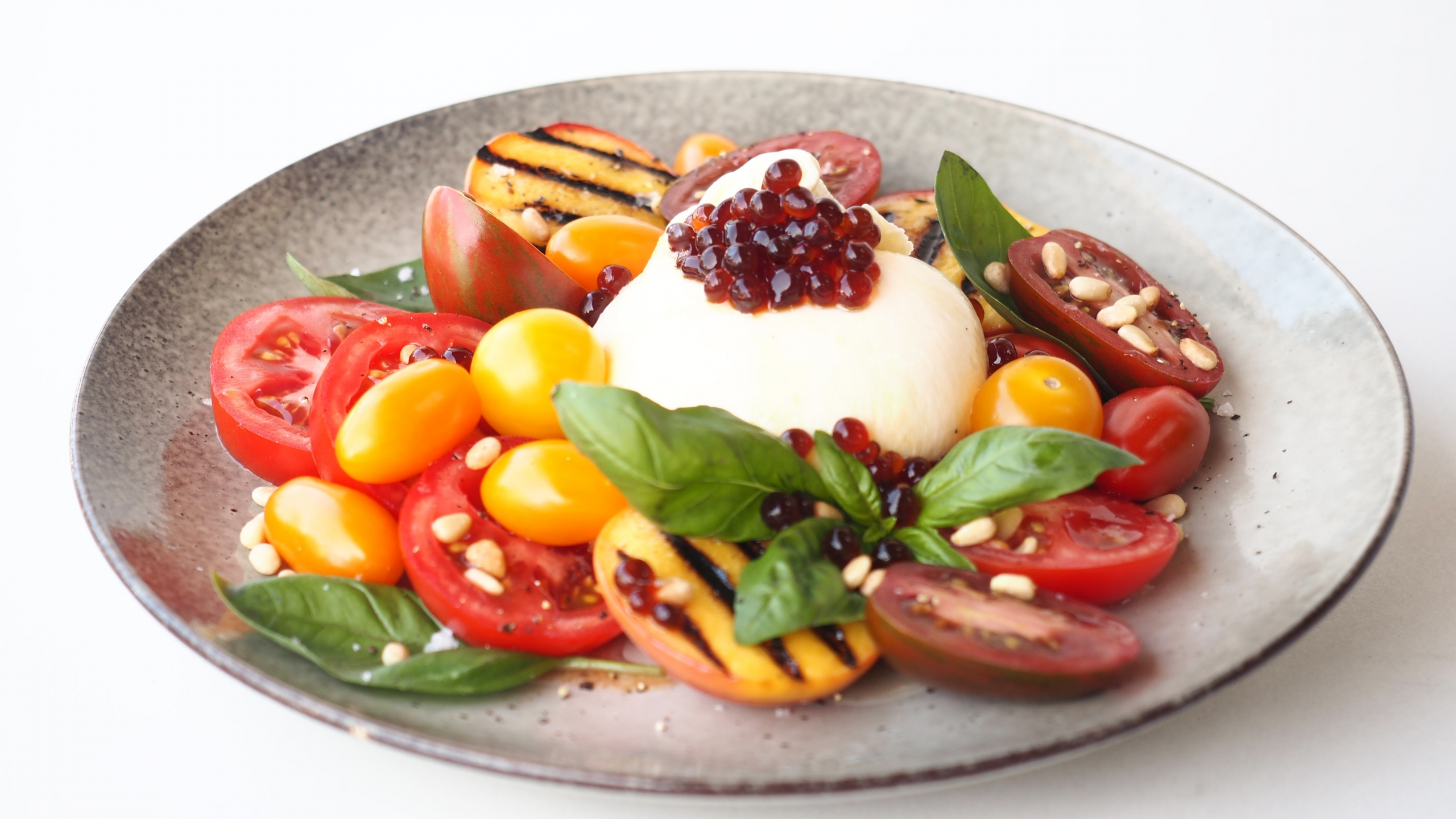 Grilled Peach, Tomato & Burrata Salad with Balsamic Flavour Pearls