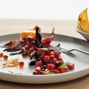 Steak Tartare with Balsamic Flavour Pearls & Crisps