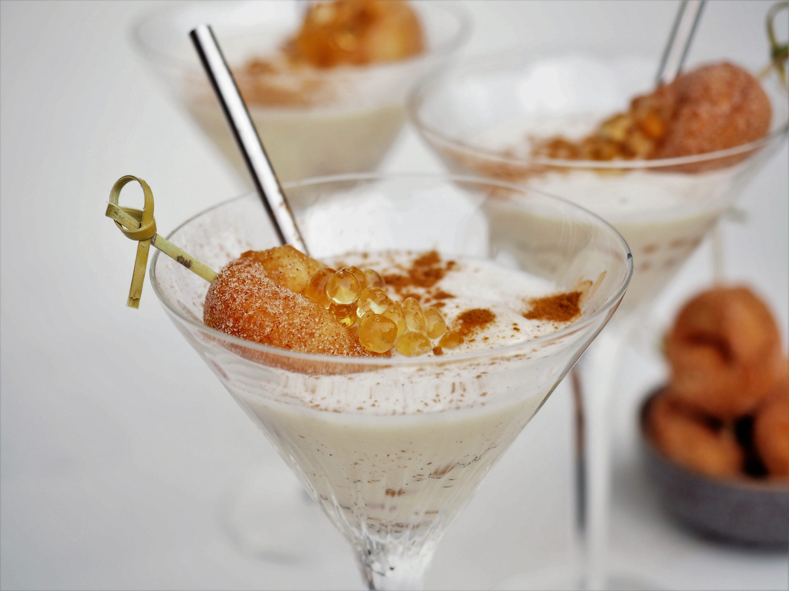 Donut shake with salted caramel Flavour Pearls